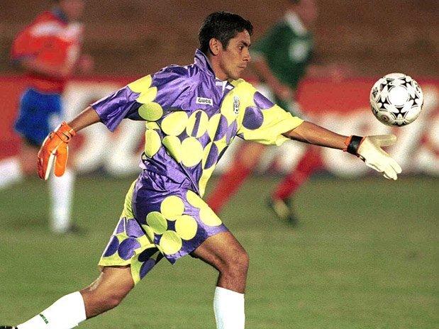 La sobria divisa sfoggiata in Coppa America nel 1999