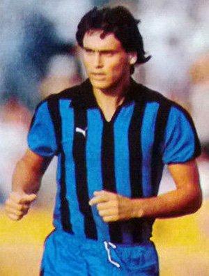 Jorge Caraballo con la maglia del Pisa