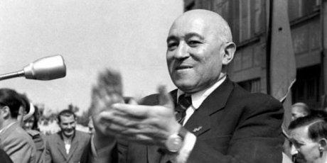 Il compagno segretario Matias Rakosi