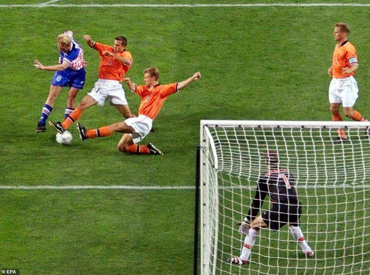 prosinecki holland gol